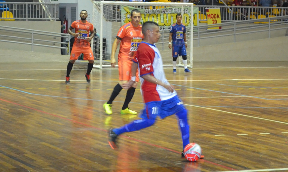 Futsal: Evolution 2 x 5 Shouse